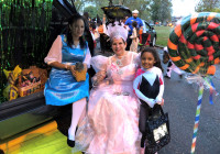 October 31, 2019: Senator Tartaglione and her staff celebrated Halloween with thousands of children at the second annual 25th Police District Trunk or Treat in Hunting Park. It was a festive occasion with plenty of ghouls and goblins. But the senator's elaborate Wizard of Oz theme definitely stole the show!