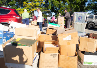 September 25, 2021 – State Senator Christine Tartaglione welcomed constituents from throughout the 2nd Senatorial District to Wissinoming Park today to help them dispose of their unwanted paper documents and electronic devices safely and securely.
